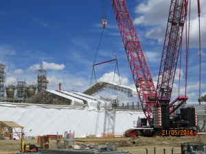 Dis-assembly of the hoarding tent on NOVA's Joffre site.